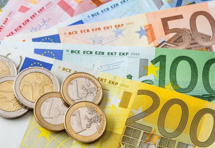 Los precios de diversos artículos y servicios variaron mucho con la llegada del Euro. (viajejet.com)