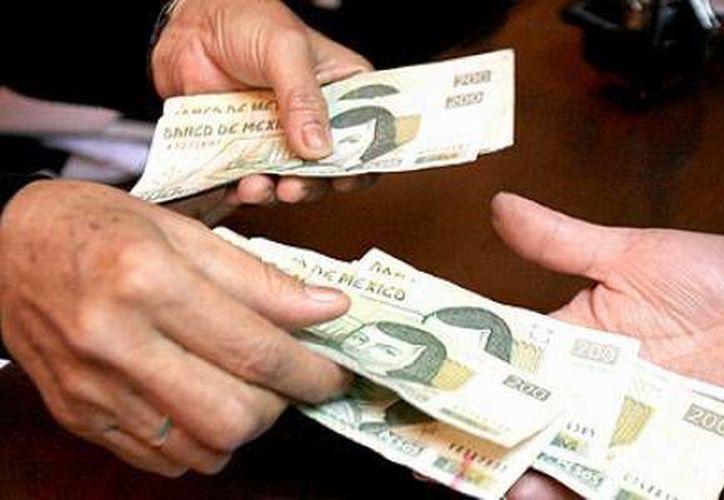 Si recibiste un billete falso, debes acudir a cualquier sucursal bancaria. (Contexto/Internet)