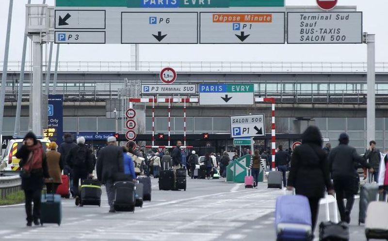 Parte del Aeropuerto JFK de NY es evacuado por fuga de agua