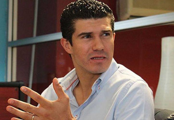 Madrazo Rojas renunció el pasado primero de junio a su militancia en el partido tricolor y decidió convertirse en militante del Partido Verde Ecologista de México. (ahoratabasco.com)