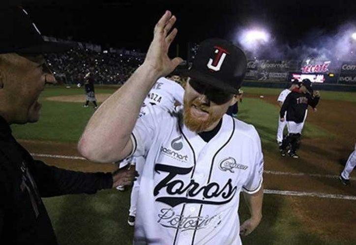 El lanzador Barry Enright fue el encargado de dejar en ceros a la novena norteña, en el quinto de la serie.(Foto tomada de Facebook/Toros de Tijuana)