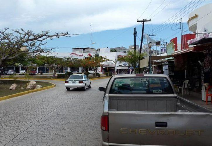 Los señalamientos viales se instalarán en las cercanías del Mercado 28. (Victoria González/SIPSE)