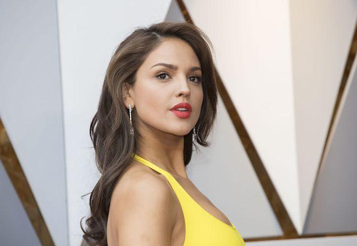 Eiza González dijo que buscaba un vestido que reflejara su personalidad. (Foto: Crave Online)
