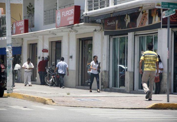 La infraestructura no está reportando ganancias a los pequeños comerciantes de Chetumal. (Harold Alcocer/SIPSE)