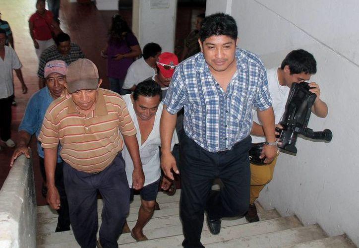 Sindicalizados buscan reunión con las autoridades del Ayuntamiento. (Julián Miranda/SIPSE)