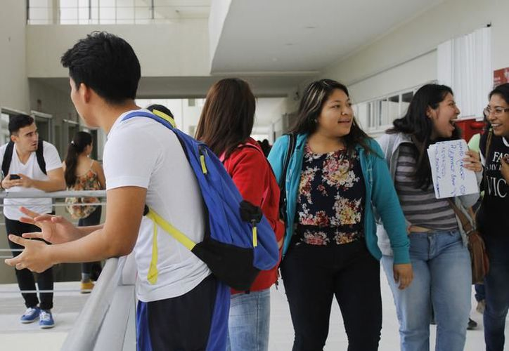 Los jóvenes expresaron sus opiniones con respecto al voto. (Archivo/SIPSE).
