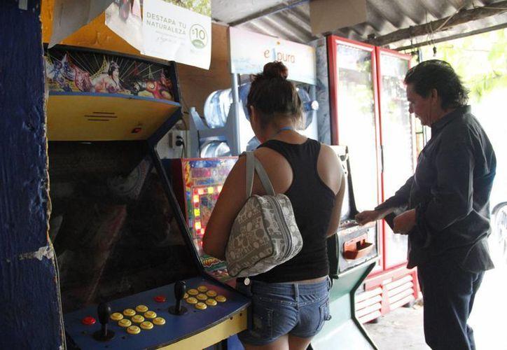 Las maquinitas se concentran en negocios ubicados en fraccionamientos y regiones de la ciudad. (Tomás Álvarez/SIPSE)