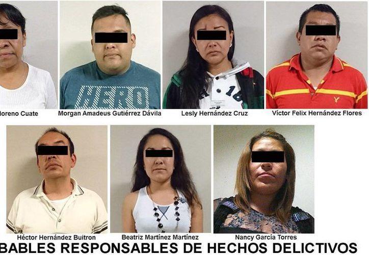 Luego de una denuncia anónima se logró rescatar a 22 mujeres víctimas de explotación sexual en tres establecimientos de la delegación Cuauhtémoc. (@PGJDF_CDMX)
