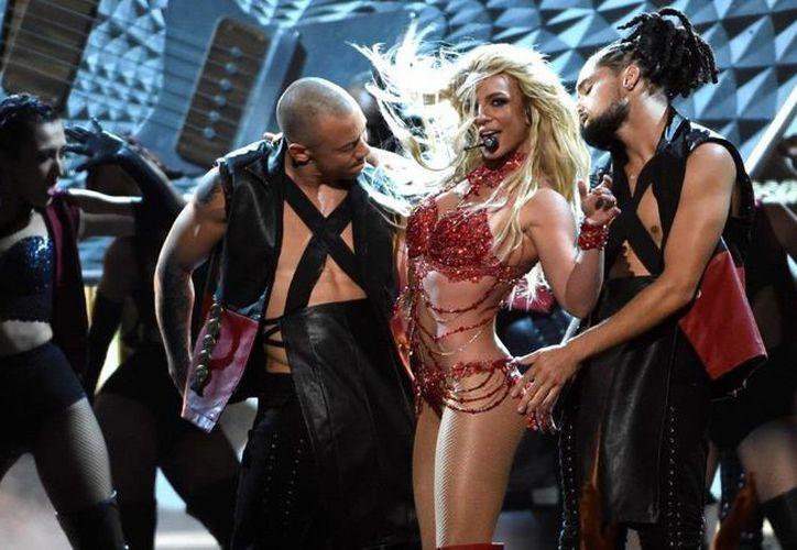 Britney Spears durante su presentación en la entrega de premios Billboard, en Las Vegas. (AP)