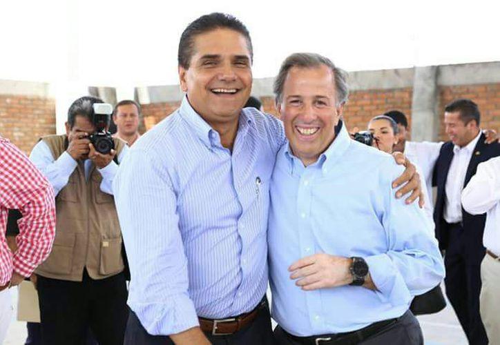 Silvano Aureoles, gobernador de Michoacán por el PRD, publicó en Twitter su respaldo a José Antonio Meade. (Internet)