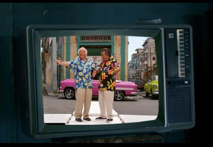 El nuevo video de 'La Macarena' fue grabado en La Habana, Cuba. (Captura de pantalla)