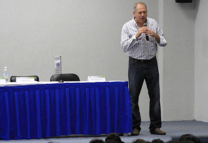 El evento se realiza en las instalaciones de la Universidad Tecnológica. (Sergio Orozco/SIPSE)