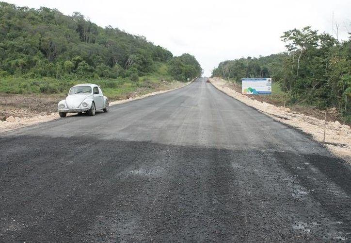 La ampliación y mejoramiento del tramo haría que la circulación por esta vía aumente. (Edgardo Rodríguez/SIPSE)