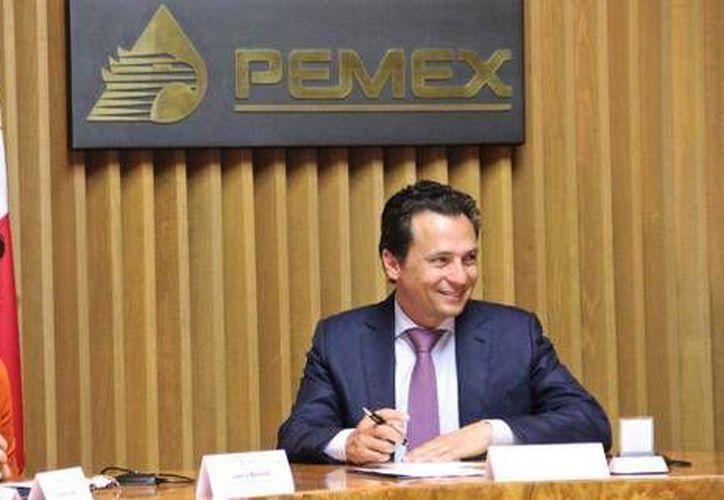 Los titulares de Profeco y Pemex, Lorena Martínez y Emilio Lozoya respectivamente, acordaron intercambiar información para beneficio de los usuarios. (Twitter.com/@LorenaMartinez)