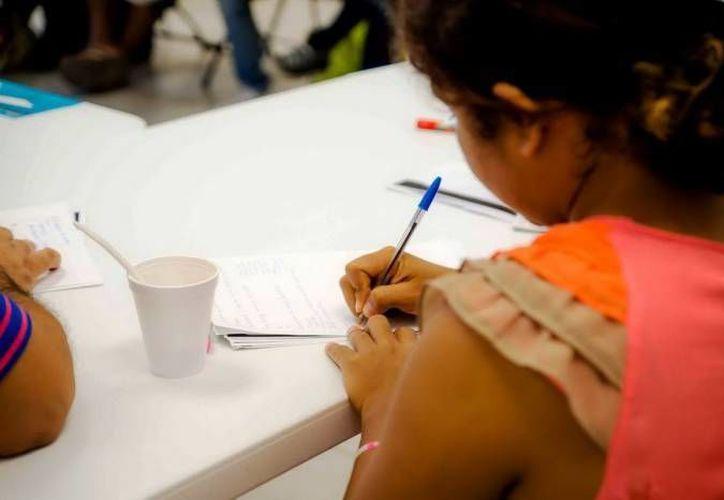 Para el concurso se han establecido dos categorías: la A para menores de 24 años y la B personas de más de 24 años. (Redacción/SIPSE)