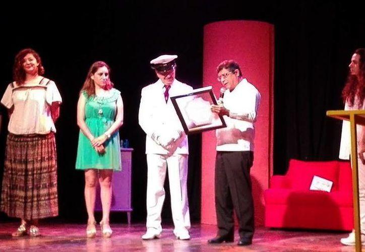 El actor Francisco Sobero <i>Tanicho</i>, actuó anoche en la obra <i>La Madriguera del Capitán</i> (SIPSE)