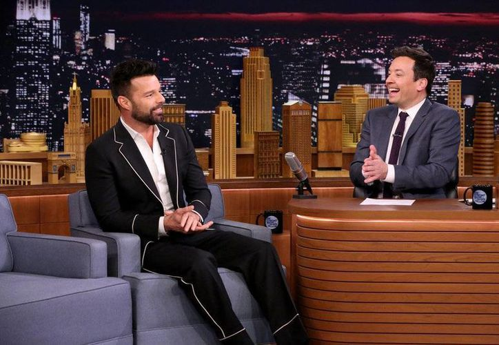 El cantante Ricky Martin se presentó en el programa de Jimmy Fallon, The Tonight Show. (headlineplanet.com)