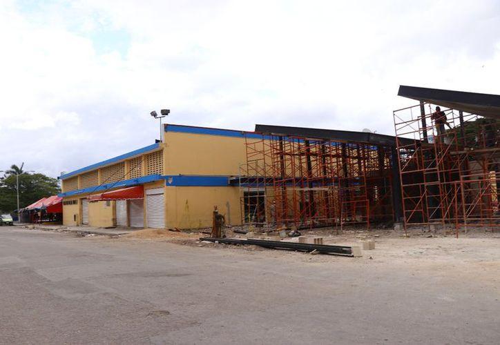 Obra de remodelación en el mercado de Chuburná. (Milenio Novedades)