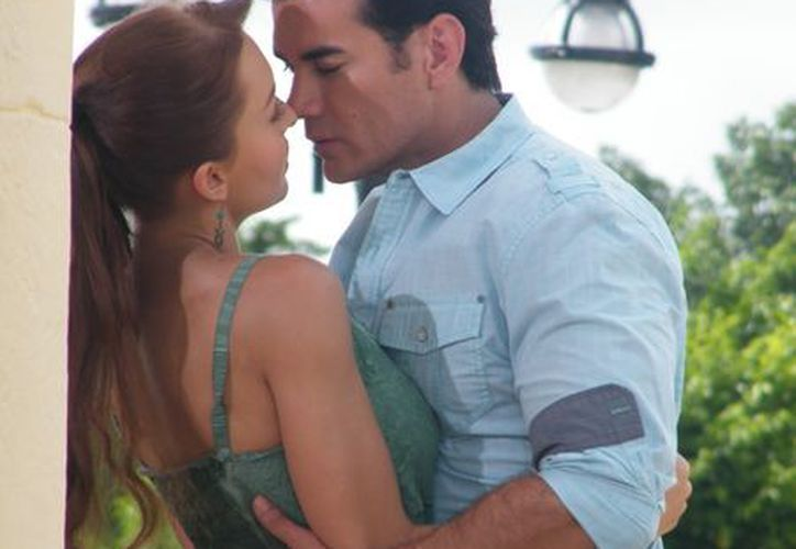La pareja de la considerada telenovela del año, Angelique Boyer y David Zepeda. (Milenio Novedades)