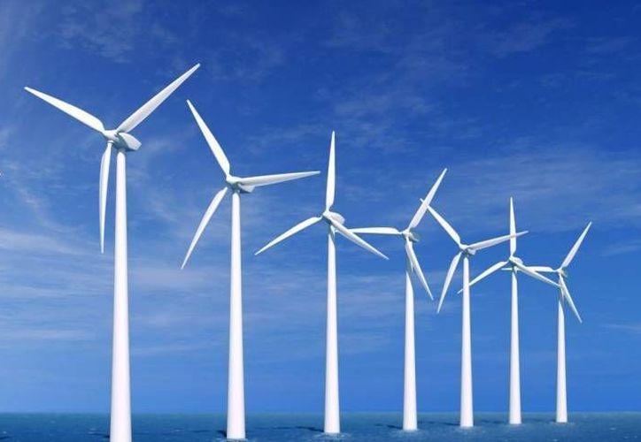 La energía eólica es una de las que promueve la CFE en Yucatán. (SIPSE/Archivo)