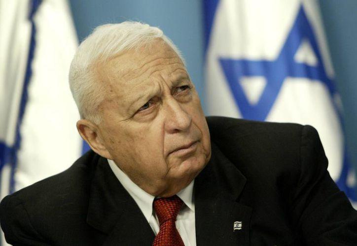 Ariel Sharon, exprimer ministro israelí que se debate entre la vida y la muerte, era apodado <i>La topadora</i>, despreciaba a sus críticos y al mismo tiempo era capaz de cumplir objetivos. (Agencias)