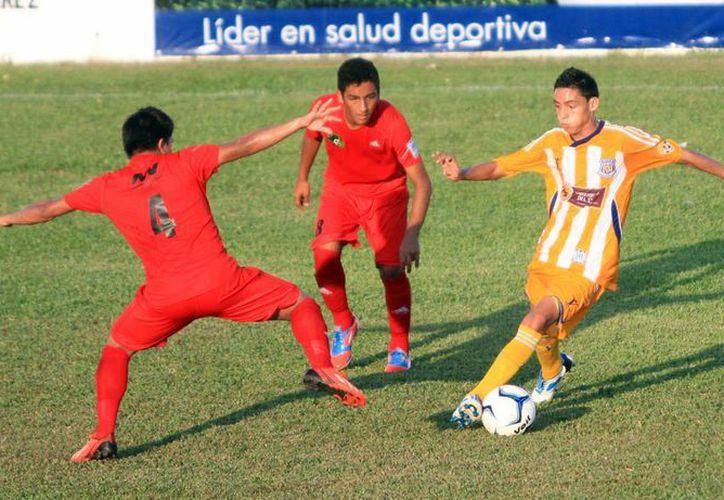 Sólo tres equipos pudieron sacar la victoria en la jornada uno. (Ángel Mazariego/SIPSE)