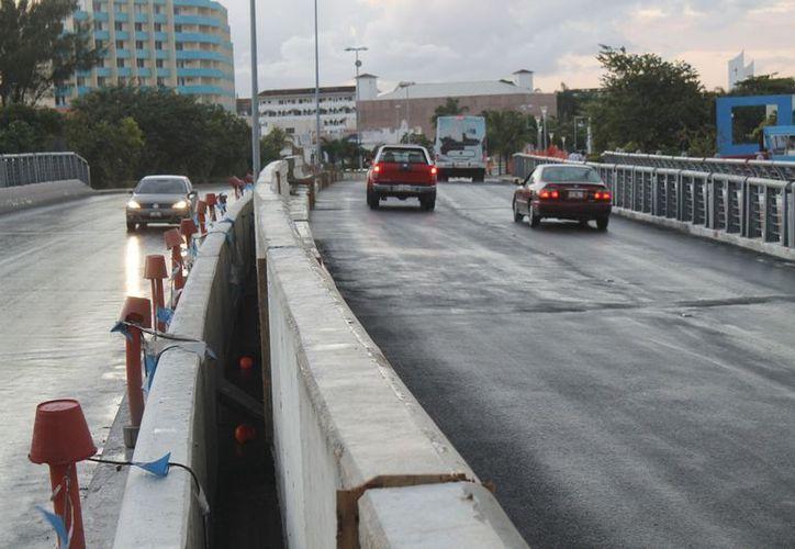 La problemática que surgió con la construcción del muro en el puente Calinda quedó terminada. (Redacción/SIPSE)