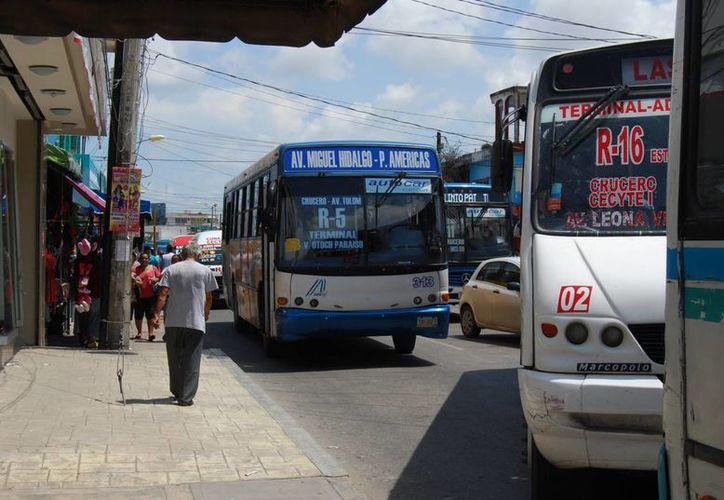 El pasado 5 de septiembre, el Cabildo de Benito Juárez aprobó el incremento en un peso de la tarifa del transporte público. (Archivo/SIPSE)