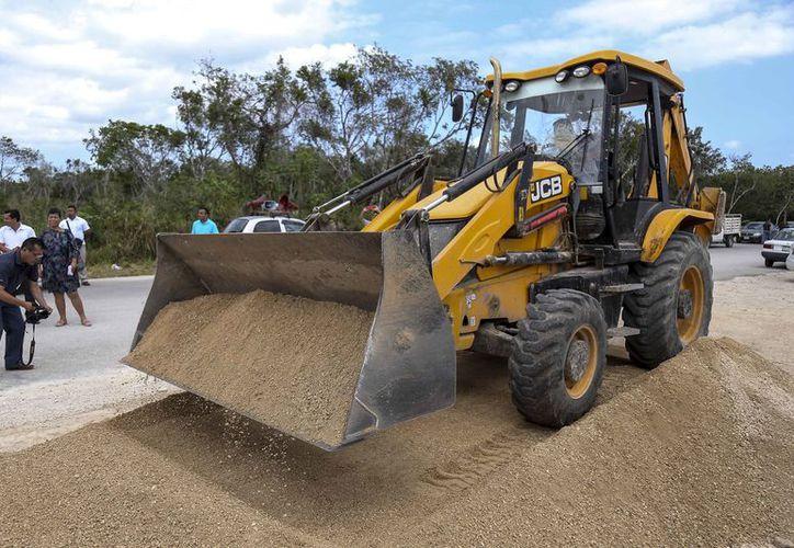 Se inviertieron 43 millones de pesos  para obra pública en Puerto Aventuras. (Foto: Redacción)