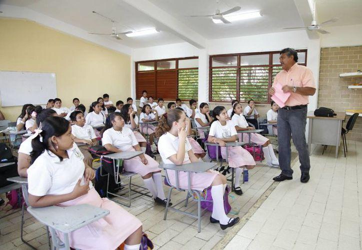 El Consejo Municipal de Participación Social en la Educación en Bacalar se enfocará en acciones para erradicar el acoso escolar. (Javier Ortiz/SIPSE)