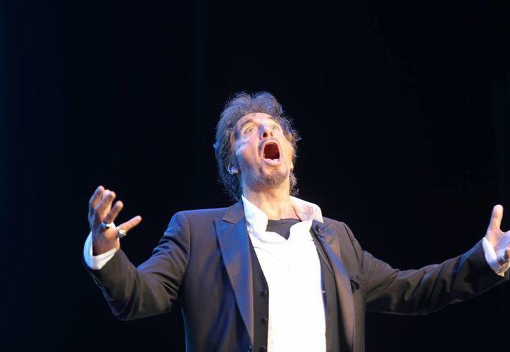 Al Pacino se expresó ante 10 mil becarios de la Fundación Telmex en el evento México Siglo XXI. (Fotos: especial)