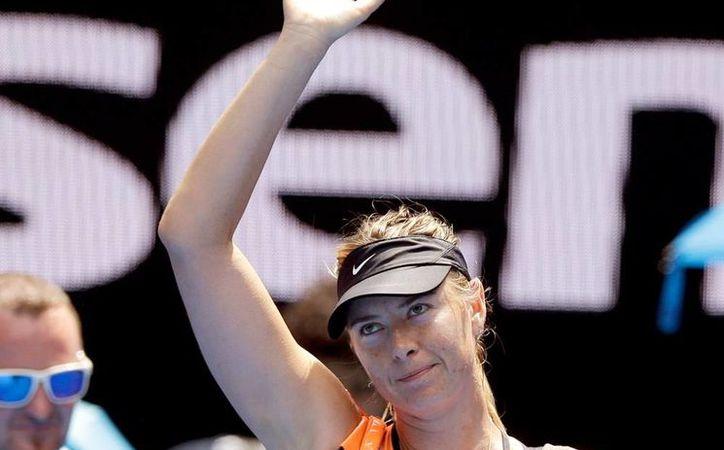 Maria Sharapova volverá en abril a jugar, tras cumplir la suspensión por dopaje, que este martes el TAS le redujo de dos años a sólo 15 meses. (Archivo/AP)