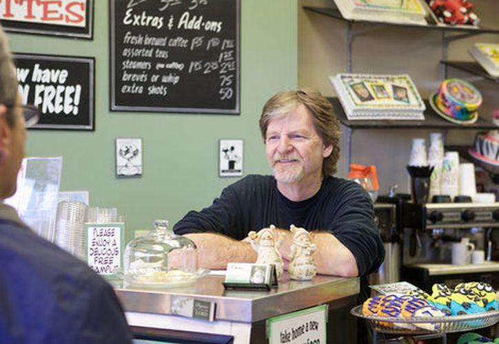 El pastelero que se negó a hacer un pastel para una pareja gay podría ir a la Corte Suprema de Estados Undios. (Milenio.com)