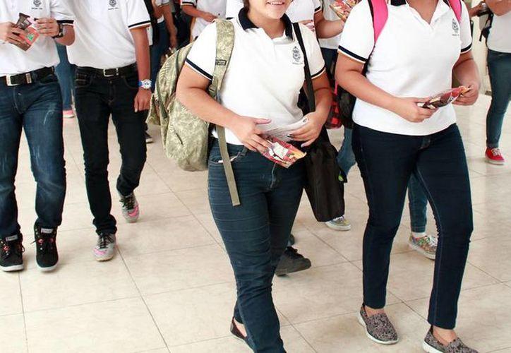 Estudiantes de preparatorias de Yucatán tendrán la posibilidad de obtener una beca en universidades de Estados Unidos, en la Feria de la Movilidad Académica. (Archivo/Milenio Novedades)