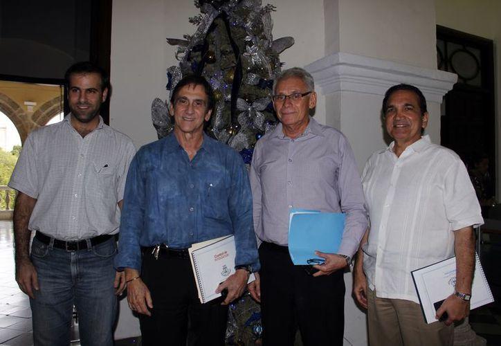 Representantes del comercio establecido en Mérida. (Juan Carlos Albornoz/SIPSE)