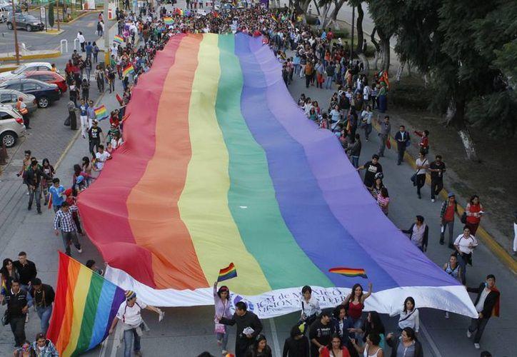Foto de archivo de una marcha lésbica gay en Puebla. (Notimex)