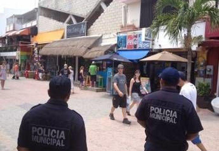 Seguridad Pública implementa un operativo para prevenir robos durante la temporada de Semana Santa.  (Redacción/SIPSE)