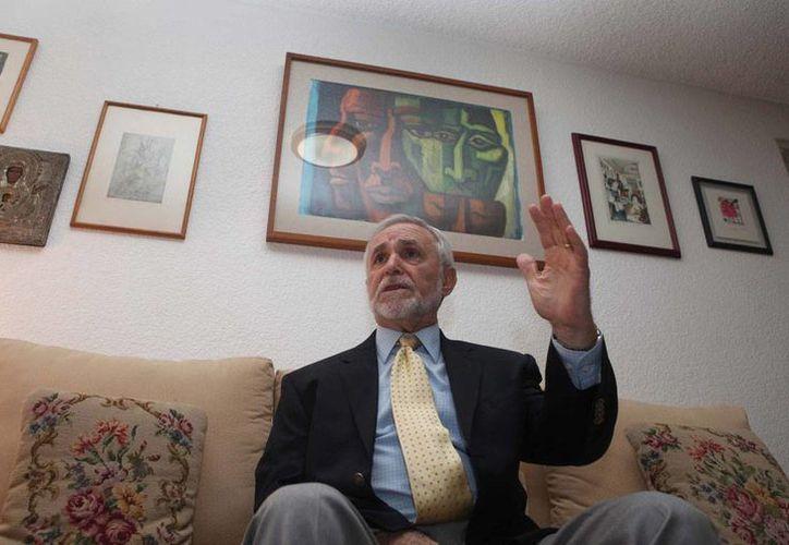 Enrique Semo fue distinguido en la Filey 2016 por su amplia contribución a la historia y la economía mexicana. (proceso.com.mx)