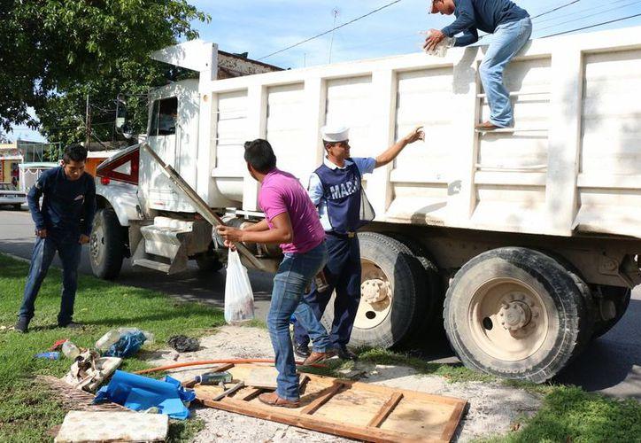 Hoy continuará de 08:00 a 15:00 horas el IV Operativo de Descacharrización Masiva en Mérida, que inició este sábado. (SIPSE)