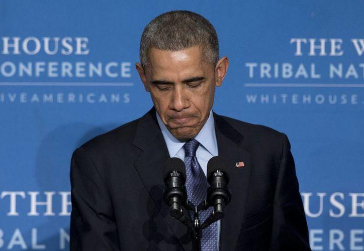 Obama ha recibido varios exhortos de naciones latinoamericanas para abrir diálogos con Cuba. (AP)