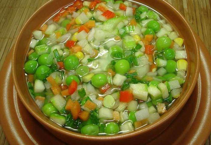 Las sopas contendrán cualquier verdura o legumbre que se encuentre en excedente. (plantamedicinales.net)