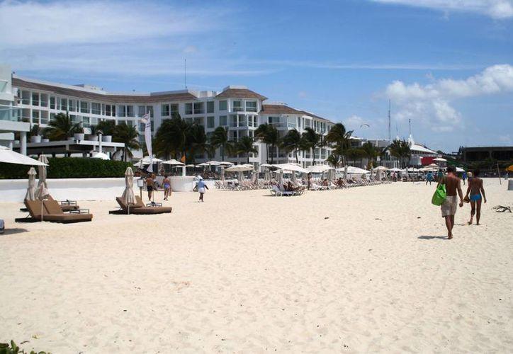 La Profeco aplicó sanciones a tres hoteles y cinco comercios en la Riviera Maya. La imagen es de contexto. (Octavio Martínez/SIPSE)