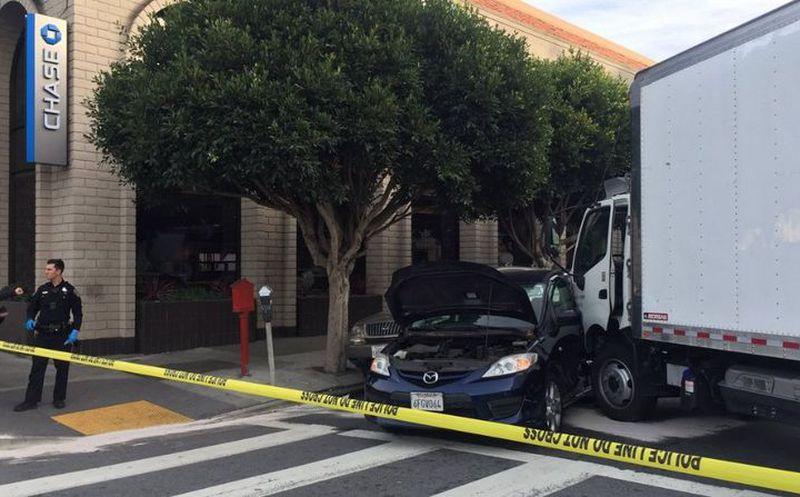 Un camión arrolla a varios transeúntes en San Francisco