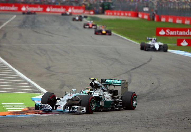 Rosberg finalizó el circuito de Hockenheim en poco más de 90 minutos. (EFE)