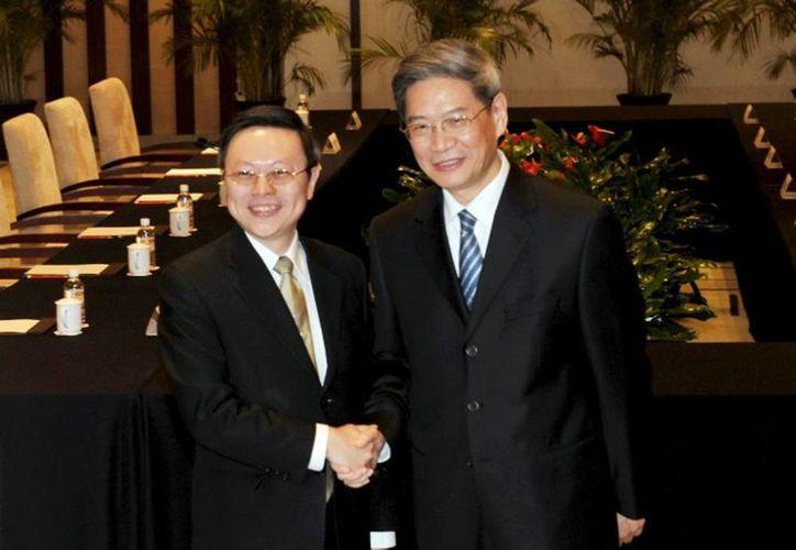 Por primera vez desde el final de la guerra en 1949, representantes de China y Taiwán se reunieron este martes frente a frente para tratar temas de interés común, con miras a la firma de un tratado de paz. (Agencias)