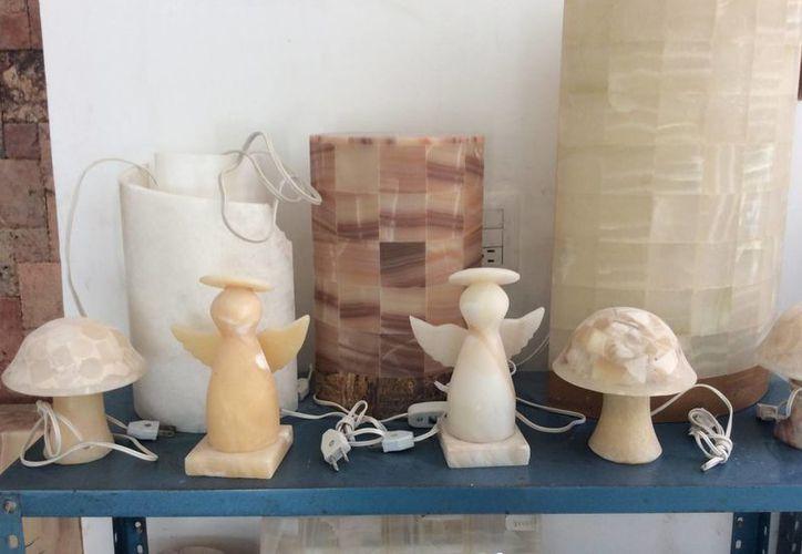 Los artesanos de la comisaría de Dzityiá pueden hacer cualquier cosa que su imaginación les permita. (Notimex)