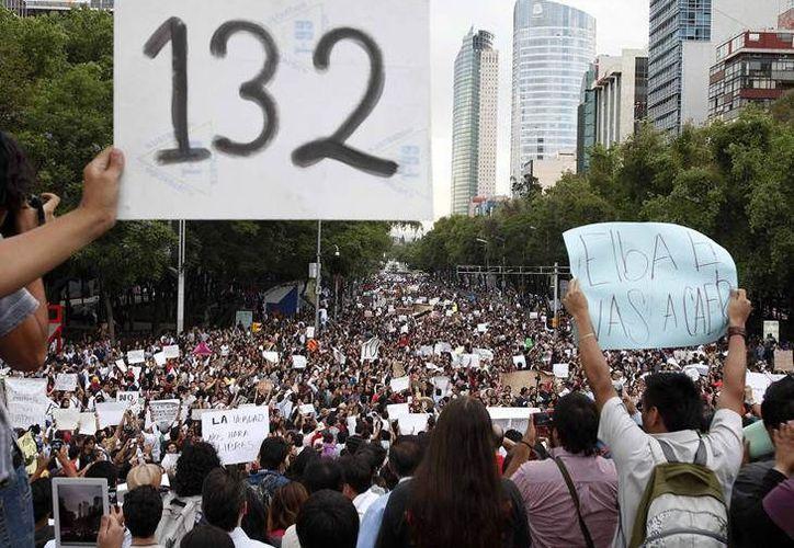 De la red a las calles surgió el movimiento juvenil #Yosoy132. (Foto: Aurora Roja)