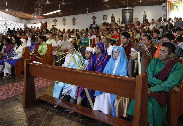 Inician diversos eventos en las principales iglesias del municipio. (Tomás Álvarez/SIPSE)