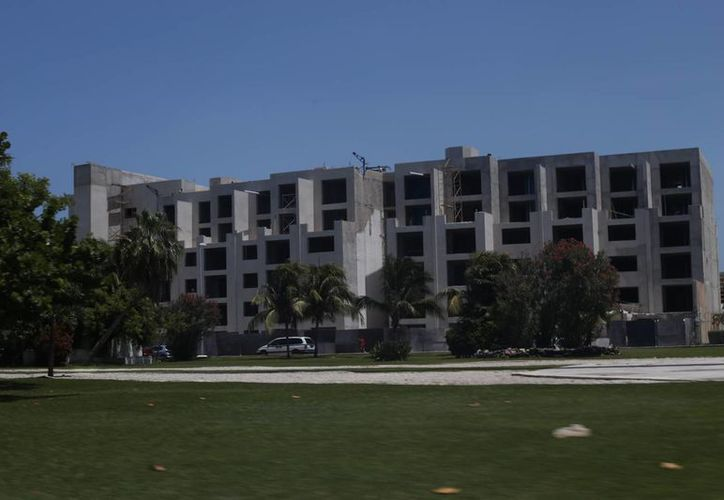 El sector hotelero es el que más apuesta por los créditos bancarios. (Israel Leal/SIPSE)