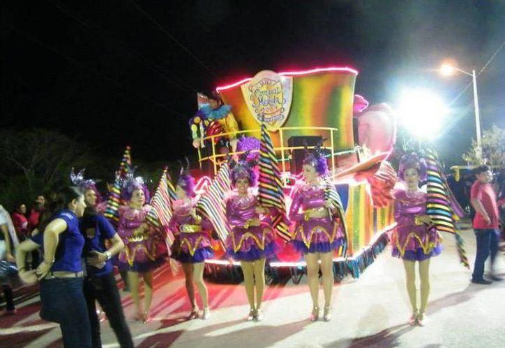 El Carnaval de Mérida tiene un impacto positivo en la actividad hotelera, turística y restaurantera. (Archivo/Sipse)